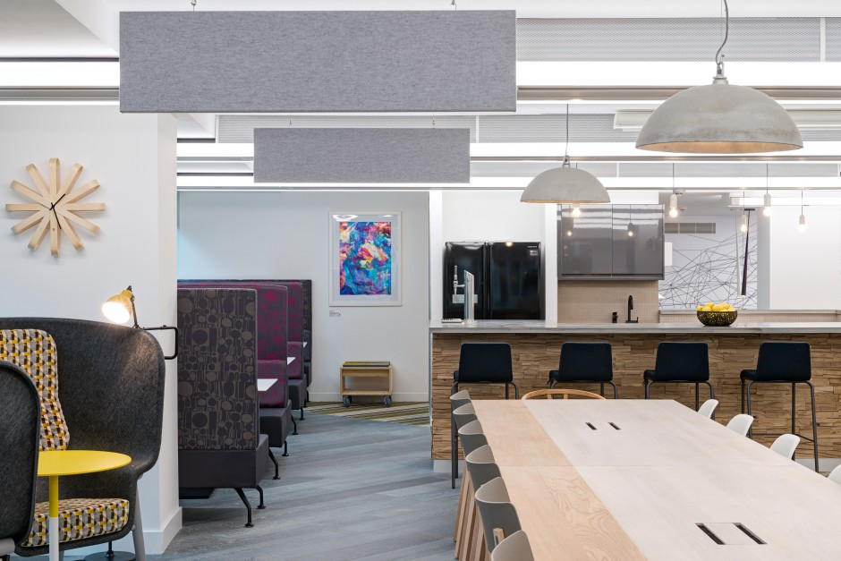 Exploring on trend workspace design with oktra search office space